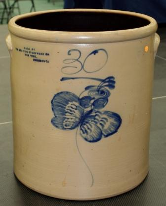 This 30 gallon Red Wing salt glaze butterfly crock was the top piece at the RWCS Auction on July 12 at Red Wing High School, drawing a high bid of $12,750. The Society's next event is its MidWinter GetTogether, February 8-10, 2013 in Des Moines. If you're interested in joining the Society, contact the RWCS office at 800-977-7927 or visit www.RedWingCollectors.org. Membership is only $25 a year and includes six full-color newsletters mailed to you throughout the year.